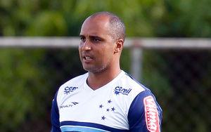 Deivid de Souza. De CruzeiroPédia . . A História do Cruzeiro Esporte Clube ef5149fce679b